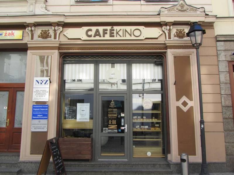 Ferie w Cafe Kino - Kino familijne - Muppety: Poza prawem