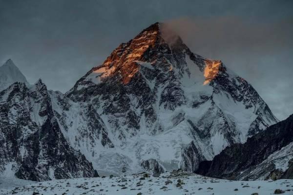 MILLENIUM DOCS AGAINST GRAVITY: Ostatnia Góra