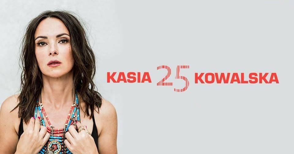 Kasia Kowalska z zespołem - 25 lecie