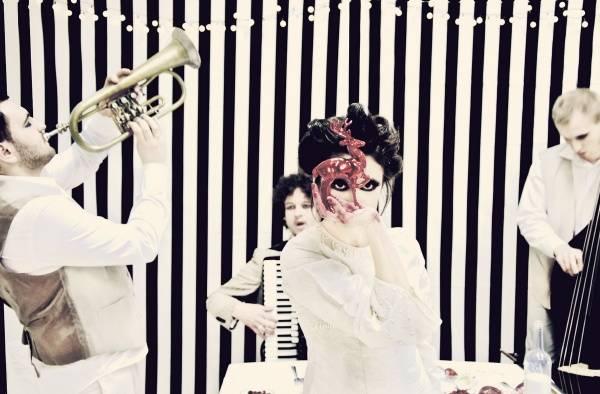 Justyna Jary & Pompadur - Bloody Ballads - concert