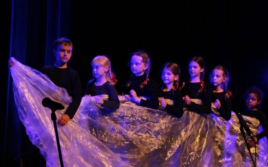 Teatr w pigułce (1. spotkanie): Teatr poezji w żywym planie