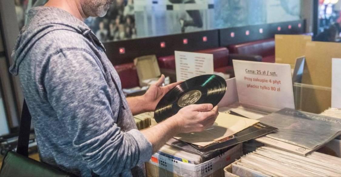 Janus Vinyl Records w EPCE