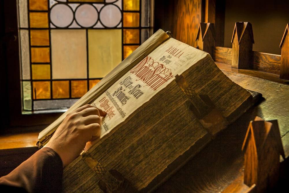 Zwiedzanie Biblioteki Bernardynów-Europejskie Dni Dziedzictwa 2021