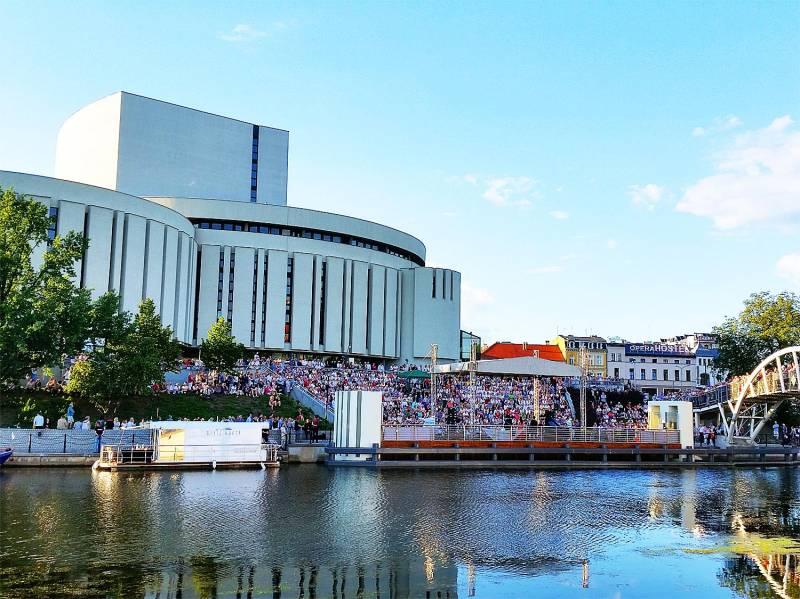 Rzeka Muzyki 2016: Sokół ORKESTAR - klimaty bałkańskie